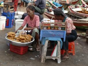 Frittiertes in Yangon (Myanmar)